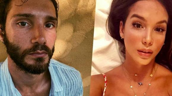 Stefano De Martino pizzicato insieme a Paola Di Benetto in barca a Capri