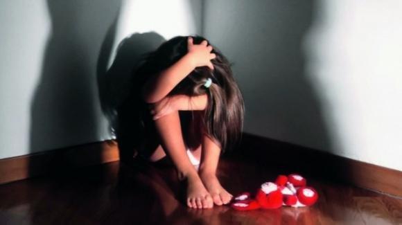 Cosenza: minori costrette a prostituirsi dalla madre in cambio di sigarette e cibo