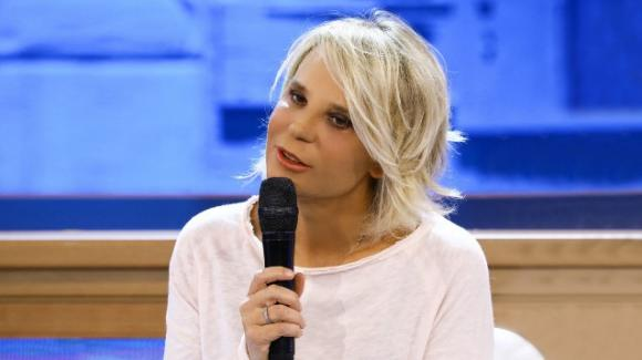 Maria De Filippi rinnova con Mediaset nonostante gli attriti con la D'Urso