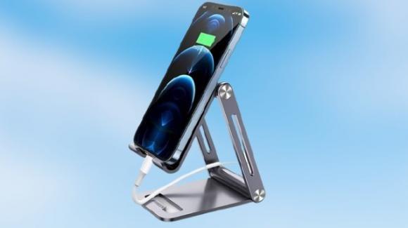 UGREEN: supporto per smartphone in alluminio regolabile e ripiegabile