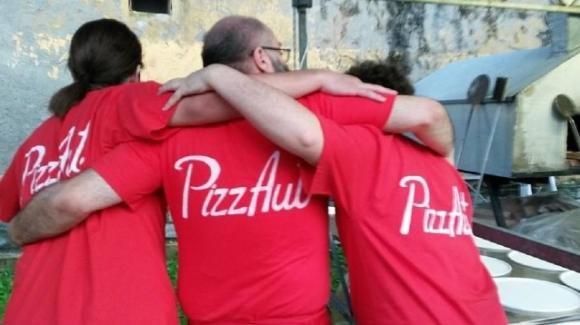 Indignazione e solidarietà per i ragazzi di PizzaAut