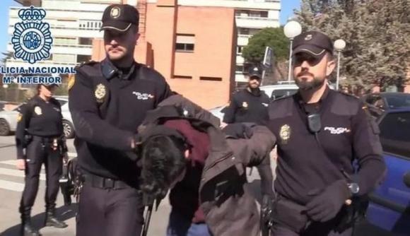 Madrid, uccise la madre, la fece a pezzi e ne mangiò i resti: condannato