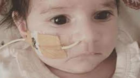 Australia, gli somministrano gas esilarante invece che ossigeno: neonato muore