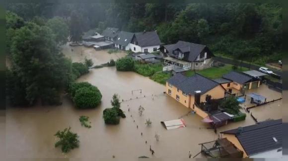 Alluvione Germania: almeno 80 morti, 1300 dispersi e 200 mila senza elettricità