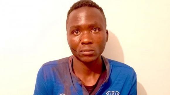 "Kenya, uccideva bambini e ne succhiava il loro sangue: arrestato ""l'uomo vampiro"""