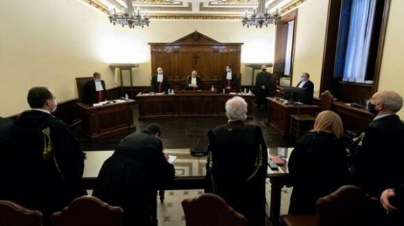 Vaticano, chiesti 4 e 6 anni di reclusione per due sacerdoti accusati di abusi sessuali