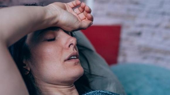 Il Long Covid dura 4 mesi, alterando il sonno e la frequenza cardiaca