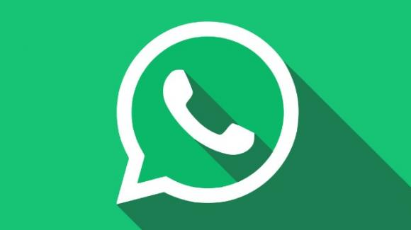 WhatsApp: novità su cedolino pensioni e rumors su directory delle aziende