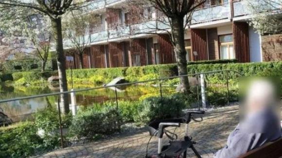 Femminicidio in una casa di riposo a Bolzano: ospite accoltellata da un finto visitatore