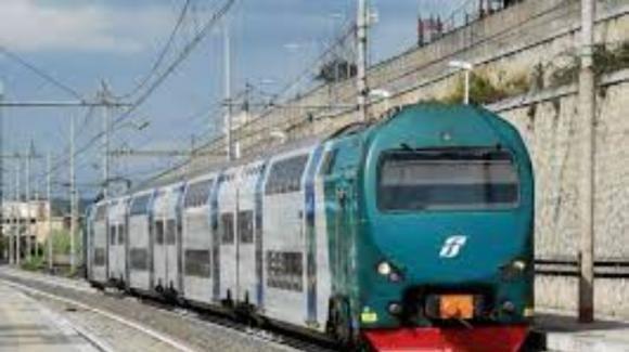 Roma, ragazzina travolta e uccisa da un treno in corsa alla stazione di Salone