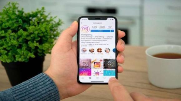 Instagram: centro controllo contenuti sensibili, funzione Collab, rumors su IGTV