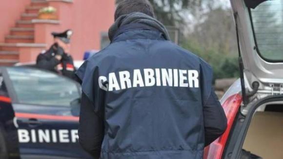 Taranto, uccide la moglie a coltellate e tenta il suicidio: è fuori pericolo