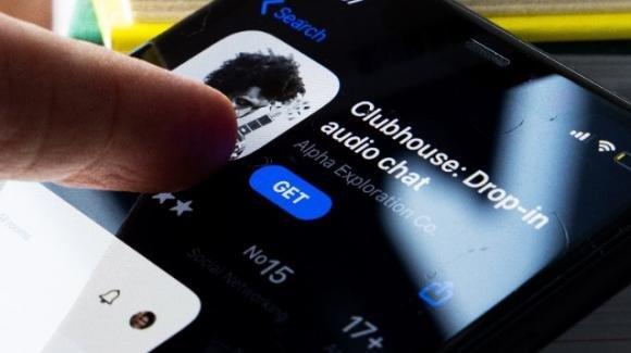 Nel dark web in vendita i numeri telefonici degli iscritti e dei contatti degli utenti di Clubhouse