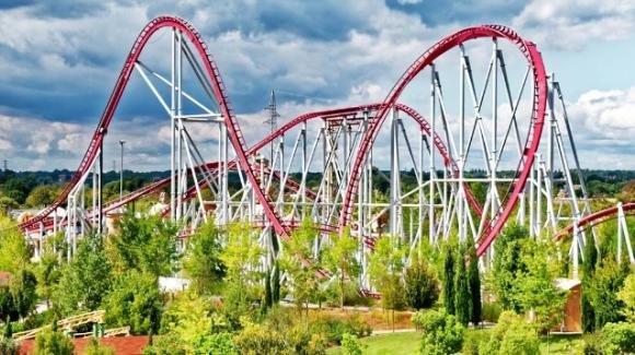 Green Pass obbligatorio dal 6 agosto: disdette in tutta Italia nei parchi divertimento