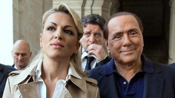 Silvio Berlusconi e Francesca Pascale, l'intesa economica