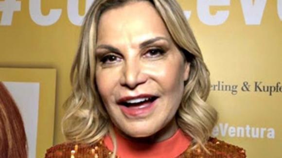 """Simona Ventura parla di Barbara D'Urso e Mara Venier: """"A loro preferisco la pizza"""""""