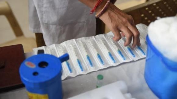 India e Covid-19: rimane un mistero inspiegabile il rapido crollo dei contagi