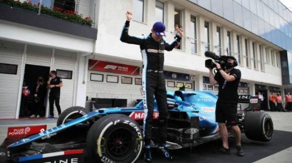 F1, GP Ungheria: Ocon vince dopo una grande carambola al primo giro. Hamilton 2°