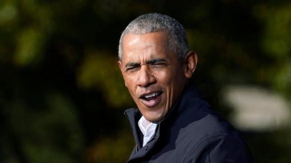 Barack Obama si prepara a festeggiare 60 anni con 700 invitati: polemica per norme Covid