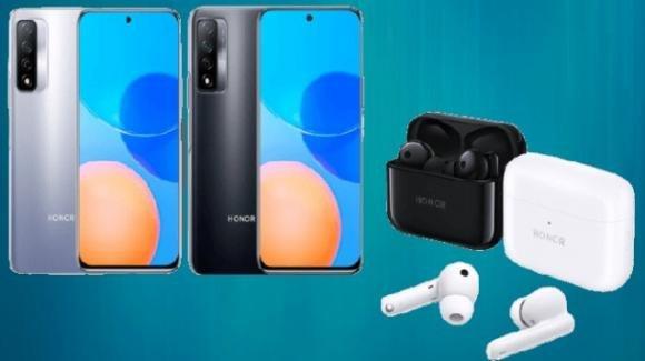 Honor presenta gli auricolari Earbuds 2 Lite e lo smartphone Play 5T Pro