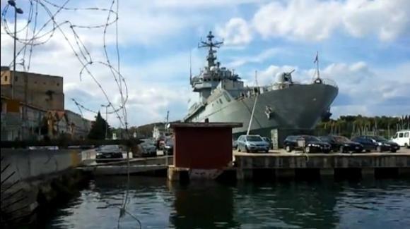 Brindisi, giovane militare della Marina si toglie la vita a bordo di una nave