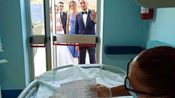 Il nonno vuole partecipare al matrimonio del nipote: l'hospice realizza il suo sogno