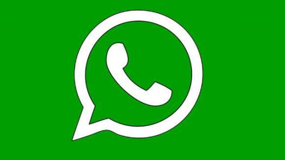 WhatsApp: in sviluppo la crittografia per i backup locali, in roll-out gli adesivi di Billie Eilish