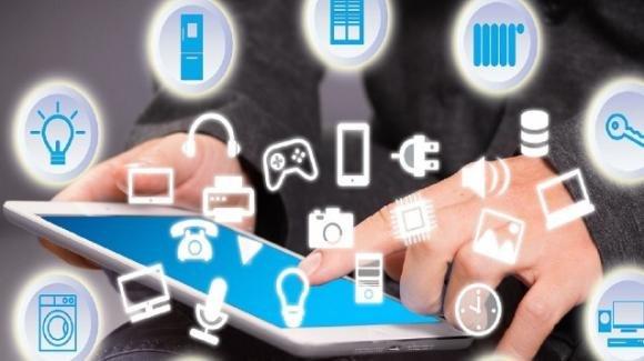 """Smart Home: gli attacchi hacker più """"strani"""" e scioccanti. Come difendersi?"""