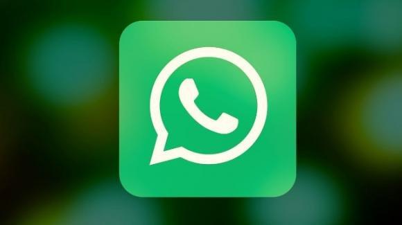 WhatsApp: tante novità in tema di emoji, bug corretto, chat migrate da iOS ad Android