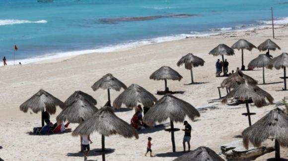Martinica sotto lockdown, turisti invitati a lasciare l'isola