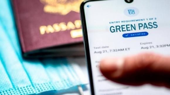 Spagna, abolito anche in Galizia l'utilizzo obbligatorio del Green Pass