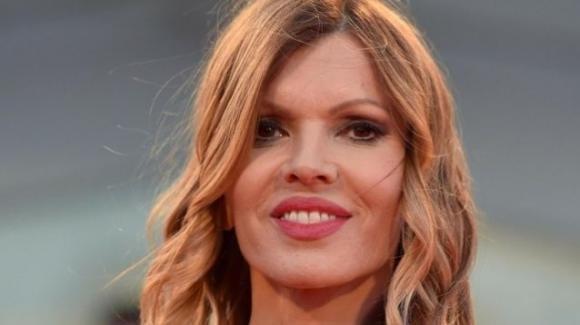 Rita Rusic insieme al suo nuovo fidanzato: la polemica sul web a causa dell'età