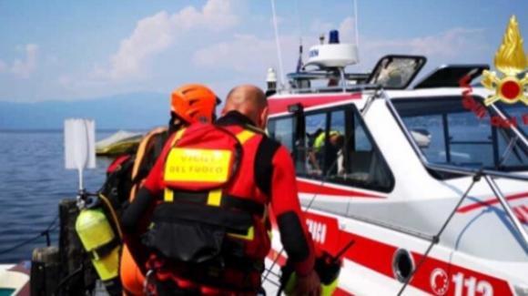 Tragedia a Genova: 18enne si tuffa in mare con gli amici e perde la vita