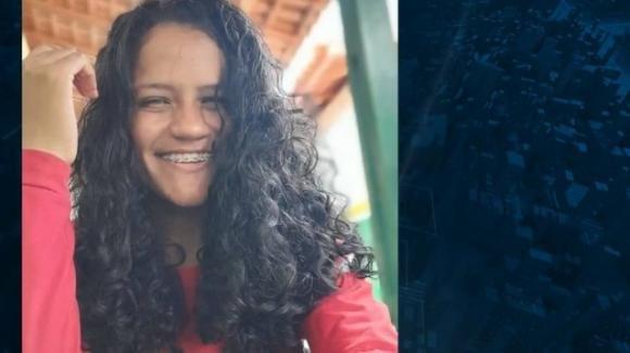 Brasile: non vuole abortire e l'amante segreto le dà fuoco