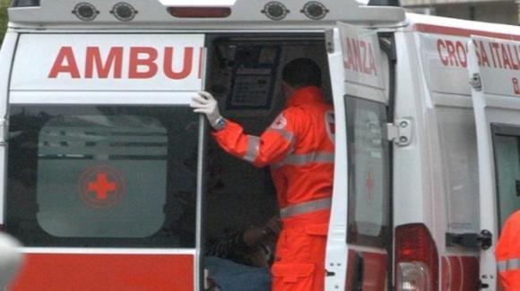 Bergamo, tenta di scappare dalla finestra dopo una punizione, ma precipita
