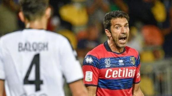 Serie B, Frosinone-Parma 2-2: l'esordio di Buffon finisce in parità