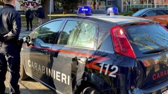 Milano, uccide la moglie e la figlia: poi decide di togliersi la vita