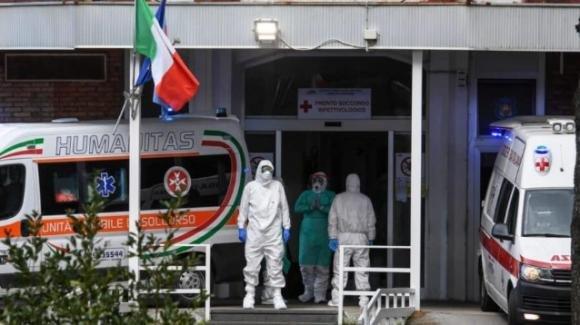 Covid, muore dopo la doppia vaccinazione Pfizer: caso rarissimo