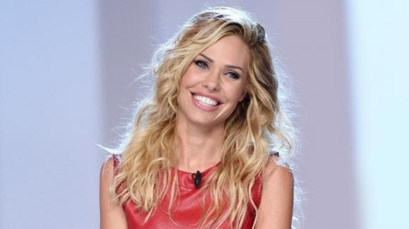 """""""Star in the Star"""", il nuovo show canoro di Canale 5"""