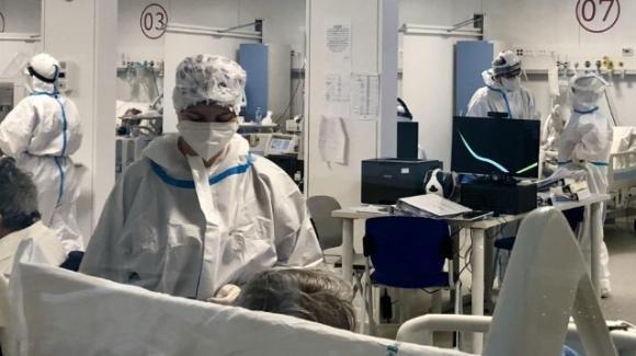 Sassari, morta la bambina di 2 anni caduta dal balcone: donati gli organi