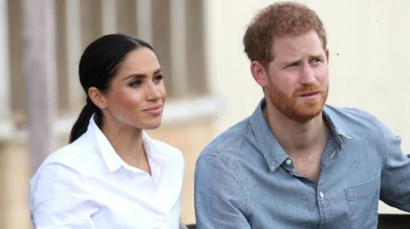Harry e Meghan in difficoltà economiche: cene d'asporto e mutuo da pagare