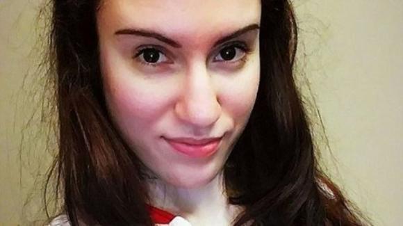 Una visita ginecologica le cambia la vita: la storia della 27enne Joanna Giannouli