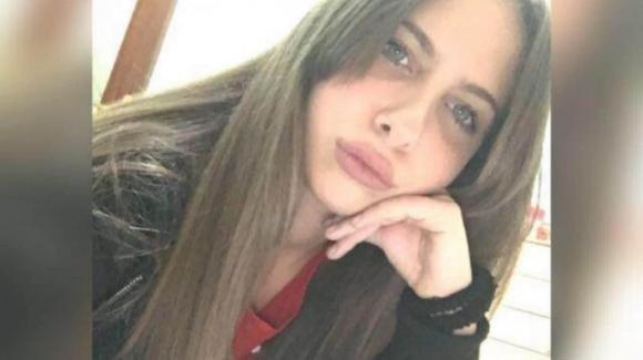 Caivano, schianto nella notte: Irene Raimo muore a 18 anni
