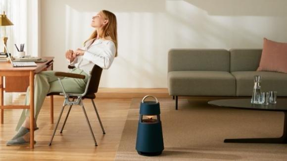 XBOOM 360: da LG lo speaker wireless che ricorda un portalampade a olio