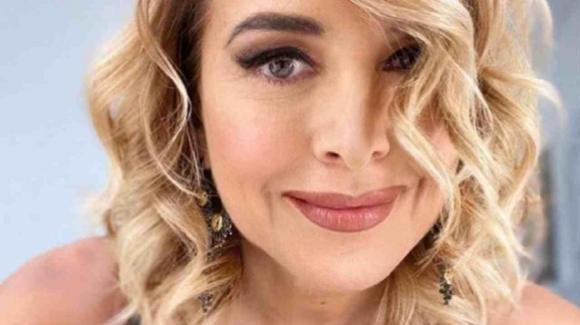 Barbara d'Urso festeggia il primo anno d'amore con Zangrillo: il gossip