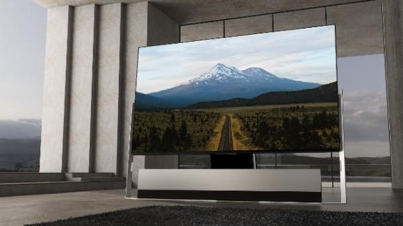 TCL X9: ufficiale la Google TV 8K con miniLED, webcam e soundbar Onkyo