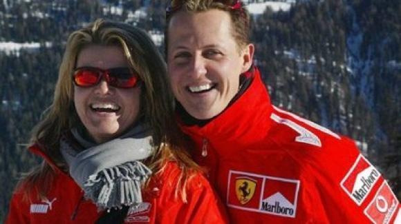 """Michael Schumacher, Corinna rompe il silenzio: """"É lì ma è diverso. Questo ci dà la forza"""""""