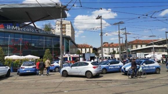 Torino, uccide una persona in strada: arrestato