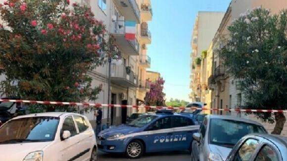 Brindisi, muore dopo essersi lanciato dal terrazzo: indagini in corso