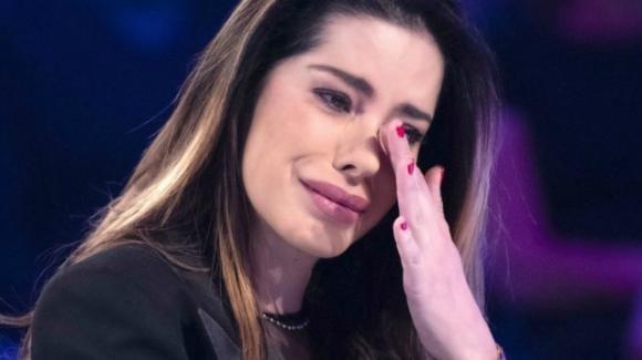 """Aida Yespica, il ricordo straziante: """"Sono stata stuprata a sette anni"""""""